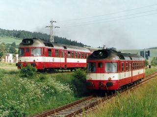 Motorové vozy 850.008-4 a 850.010-0