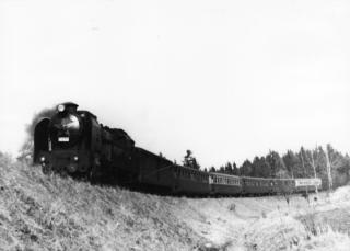 Parní lokomotiva 464.051